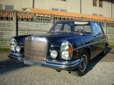 Mercedes benz w109 300sel
