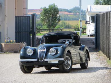Jaguar xk 120 dhc